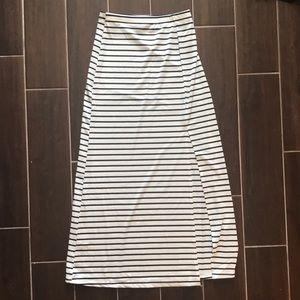 Stripped Slit Skirt